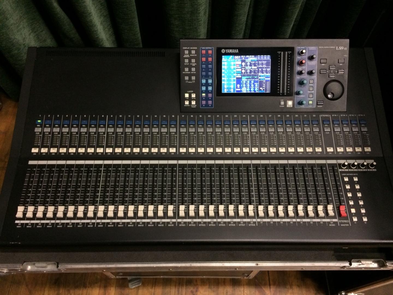 Yamaha - LS9-32